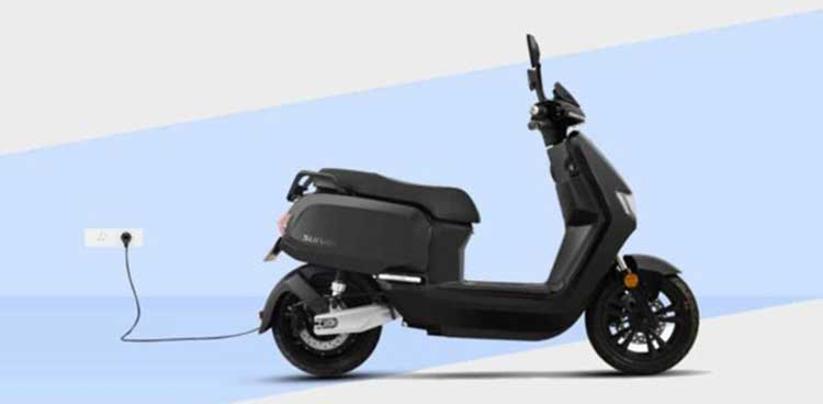 Scooter Sunra Robo en charge format mobile